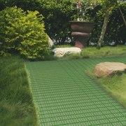 Универсальные покрытия для детских площадок, дома и сада
