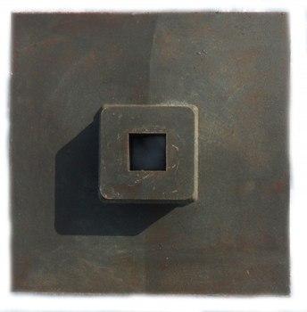 Подставка для вехи полимерная 330х300