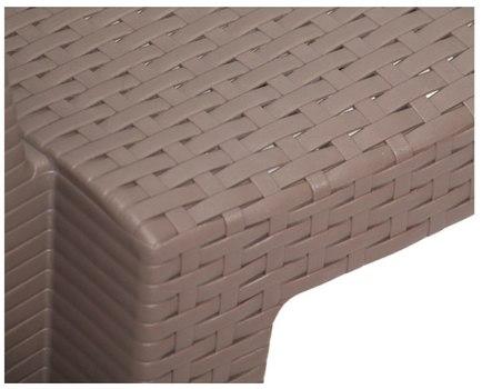 Сиденье пластикового стула Ротанг